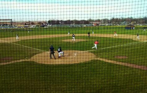 Boys baseball defeats Lake Park Lancers