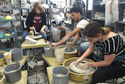 Ceramics students contribute to Empty Bowls Project