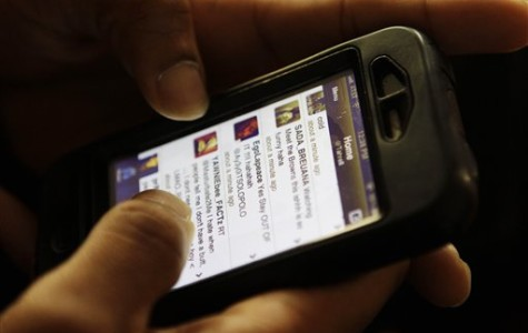 District 203 loosens cell phone policy