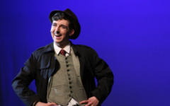 "Small cast makes ""The 39 Steps"" a big success"