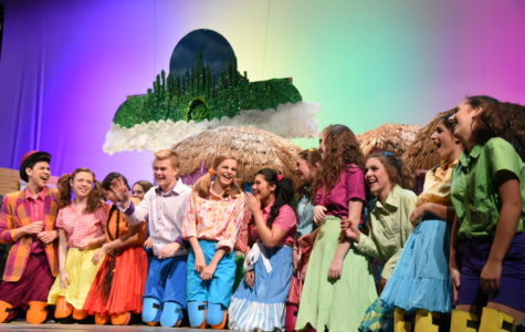 """The Wonderful Wizard of Oz"" makes you feel like you're not in Naperville anymore"