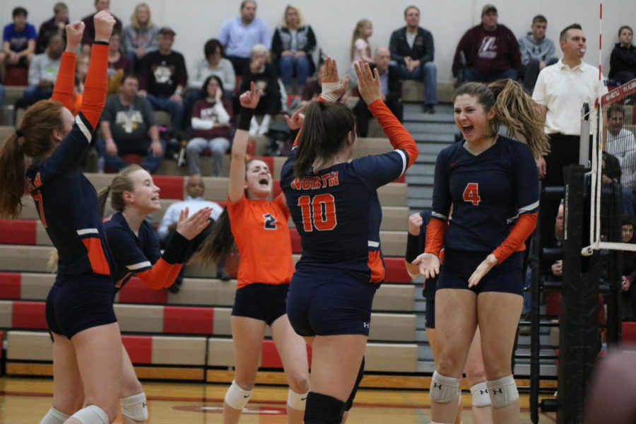Girls+volleyball+advances+to+sectional+final+with+statement+win+over+Lockport