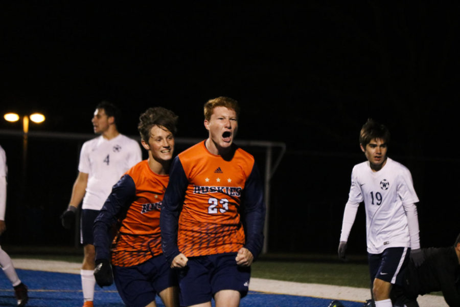 Huskie+soccer+claims+sectional+championship+as+playoff+run+continues