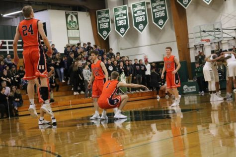 Tom Welch explodes for 35 to start season right for Huskie basketball