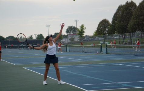Huskies girls tennis comes up short against Benet Academy