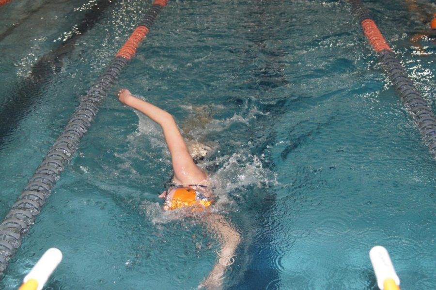 Pendlay warms up for the 500 Yard Freestyle junior varsity event.