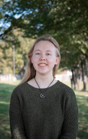 Photo of Ellen Yandel