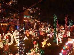 Review: Holiday light displays