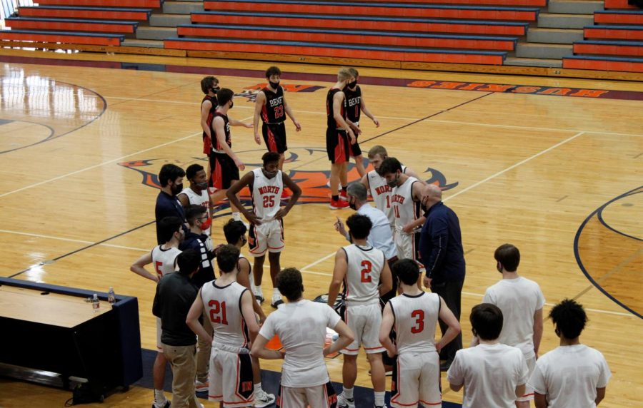 North boys basketball picks up dominant win against Benet