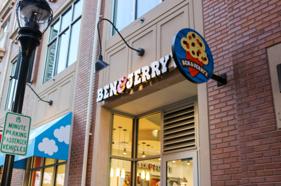 Ben & Jerry's recent opening tightens ice cream competition in Downtown Naperville